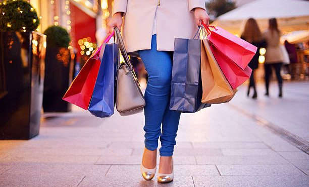 """Breakdown of $17k """"Shopping"""" Spend in Last 12 Months"""